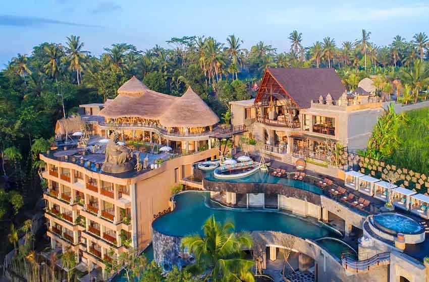 The Kayon Jungle Resort Unjuk Gigi di The World Luxury Restaurant