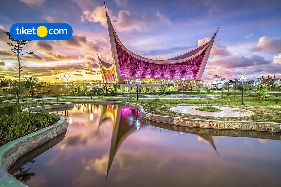 Wisata Religi di Bulan Suci, Ini 7 Masjid Unik di Indonesia dari tiket.com