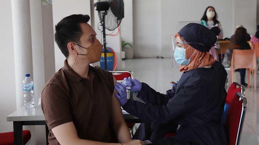 Apartemen Green Pramuka City Lakukan Gerakan Vaksinasi Massal